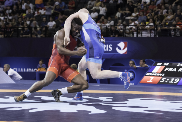 athletes lutte greco romaine