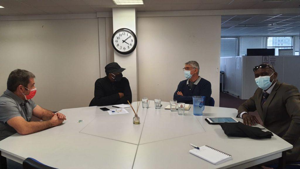 Discussions entre Lionel LACAZE et Bernard WALLA